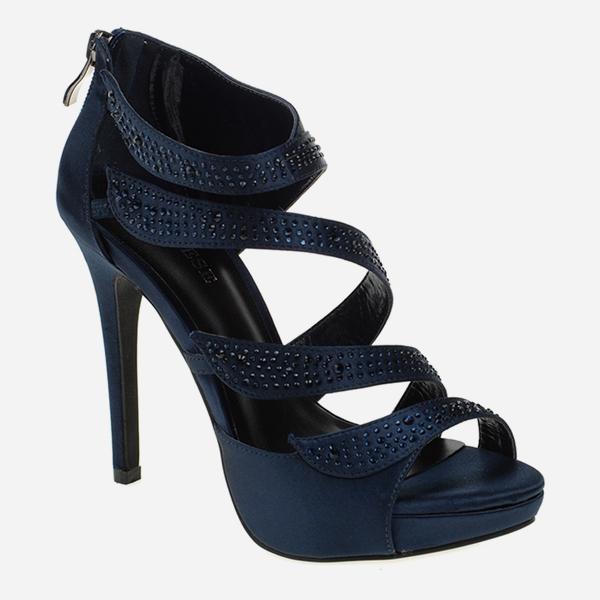 Her Ortamda Şık Olmak İçin; Platform Topuklu Ayakkabılar