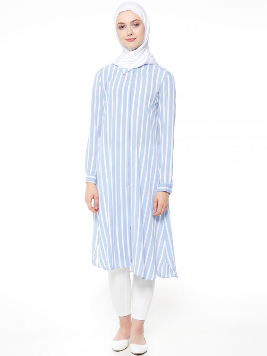 9d7b71339c444 Beha Tesettür Gizli Düğmeli Mavi Beyaz Tunik   Ehl-i Tesettür