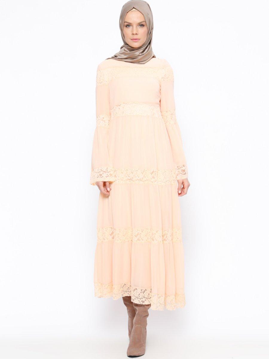 Bezen Dantel Detaylı Somon Elbise