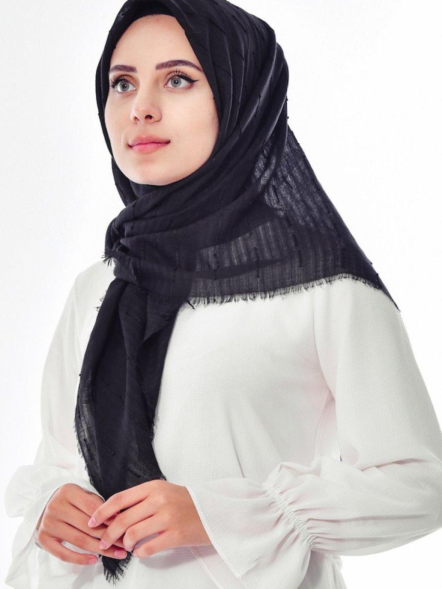 Sefamerve Siyah Kabartmalı Şeritli Eşarp