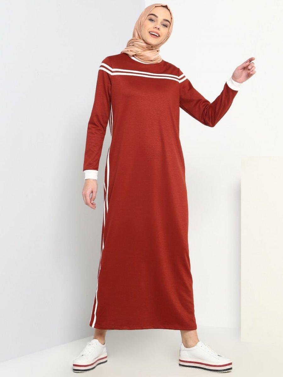 5596cbc7a572b Benin Cep Detaylı Spor Bordo Elbise | Ehl-i Tesettür
