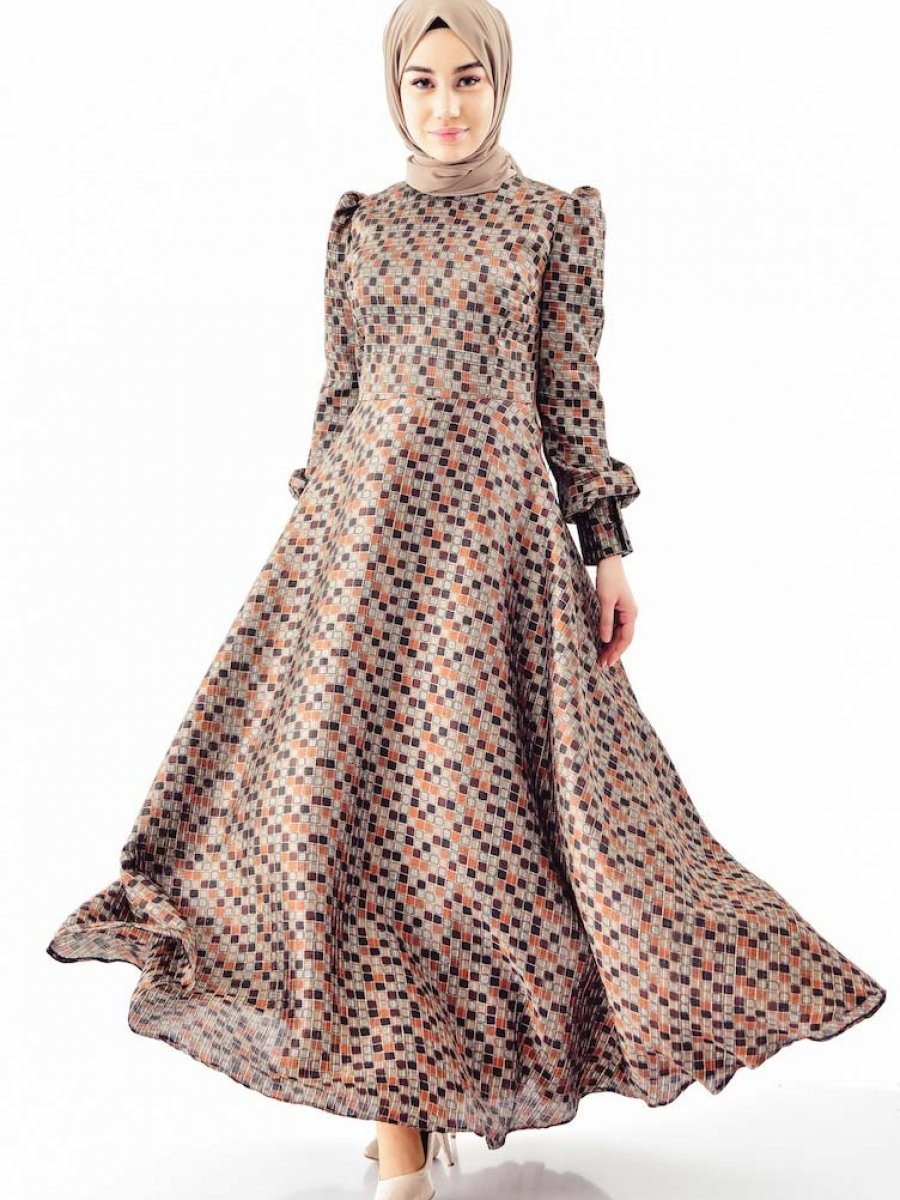 Sefamerve Desenli Kloş Kahverengi Elbise