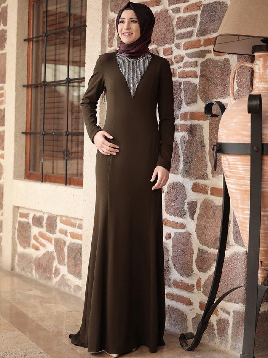 2a77d6c08c513 Amine Hüma Haki Anka Balık Abiye Elbise | Ehl-i Tesettür