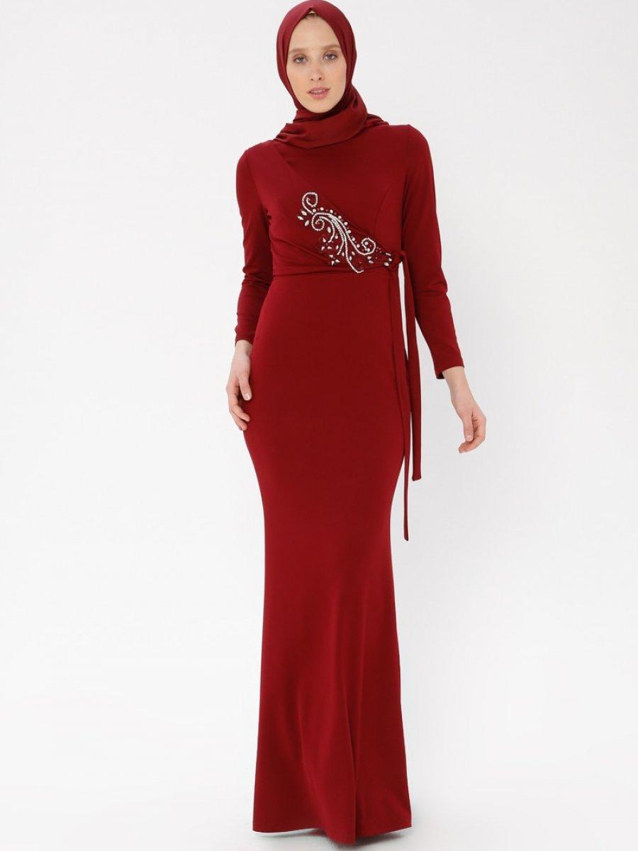 7e8933c0e71a2 Arin Taş İşlemeli Krep Balık Bordo Abiye Elbise | Ehl-i Tesettür
