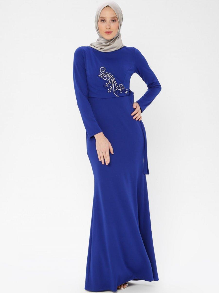 021ac04d04338 Arin Taş İşlemeli Krep Balık Saks Mavisi Abiye Elbise | Ehl-i Tesettür
