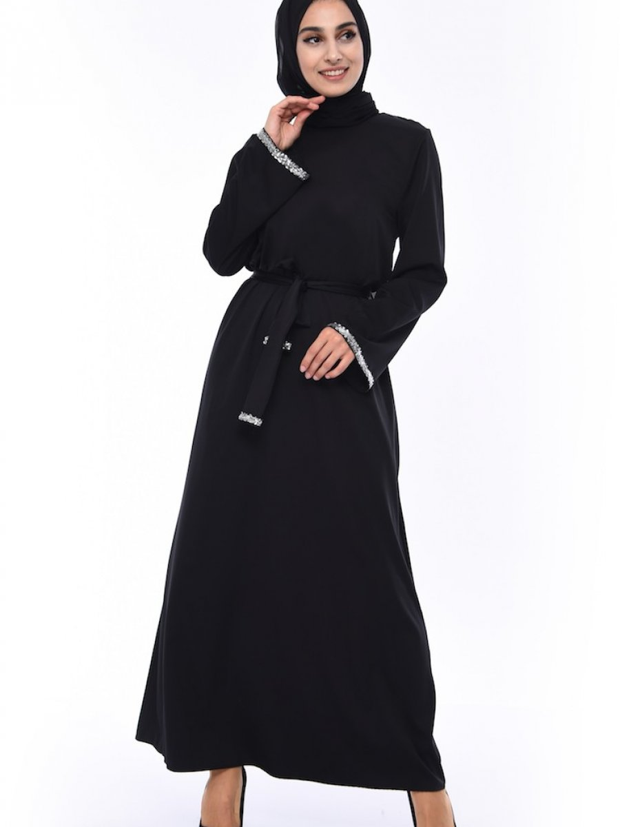 1bb3b40bd2547 Sefamerve Payet Detaylı Kuşaklı Siyah Elbise | Ehl-i Tesettür