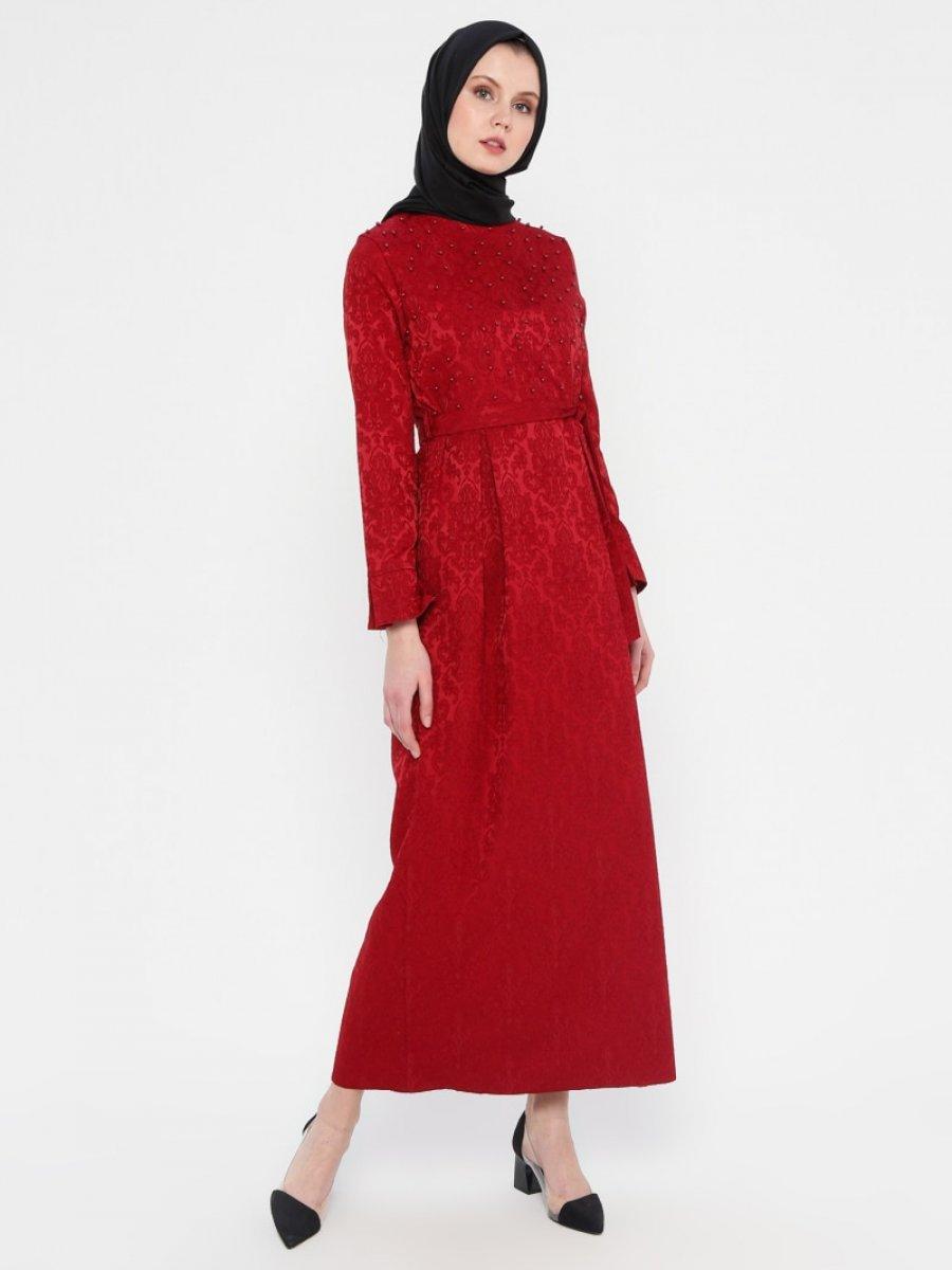 c093ffc5f0374 Zinet İnci Detaylı Jakarlı Bordo Elbise   Ehl-i Tesettür