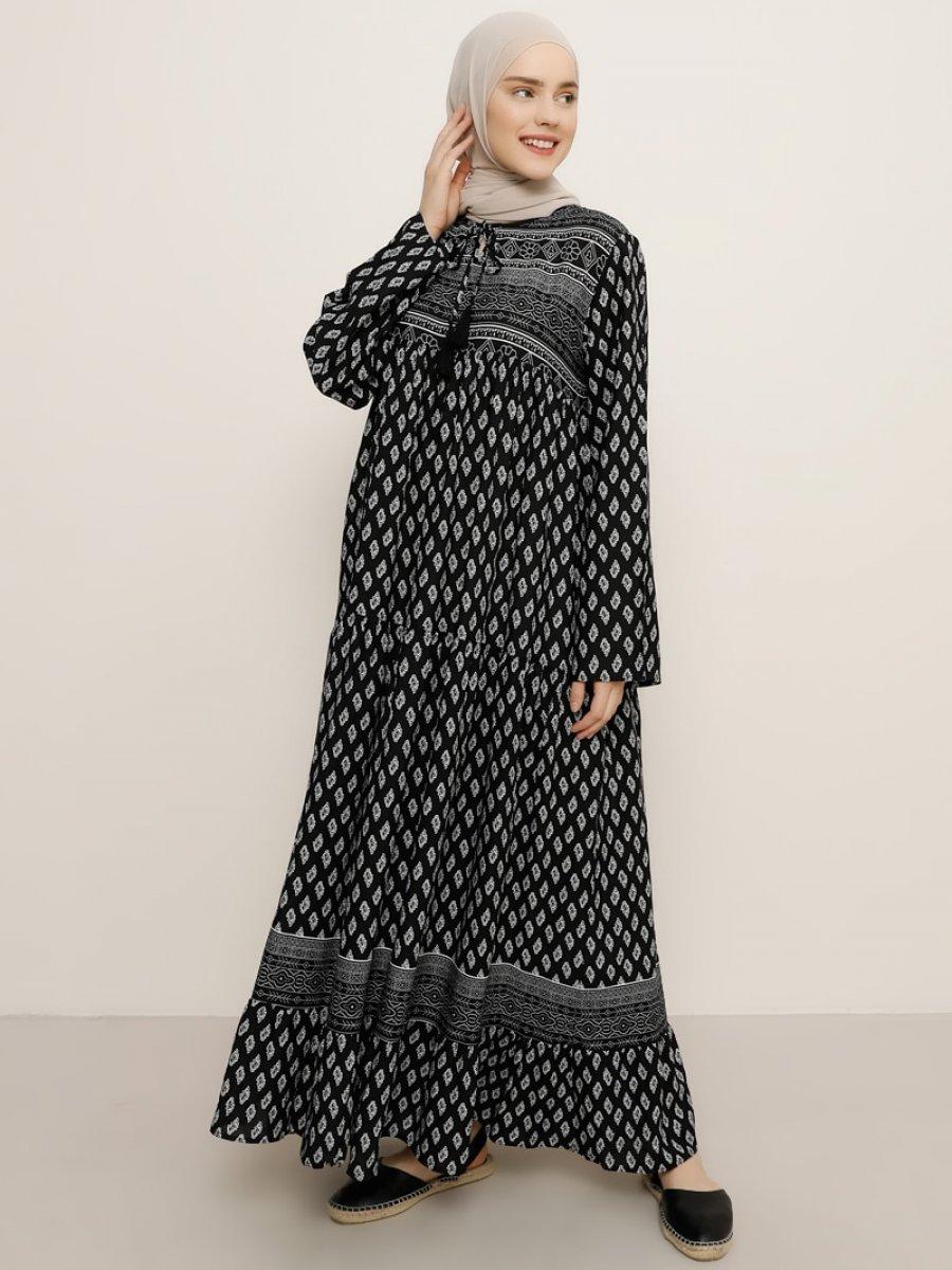 Benin Desenli Siyah Elbise