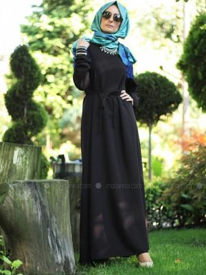 Bisiklet Yaka Siyah Sade Elbise
