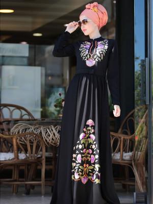 Cess Nakışlı Siyah Elbise