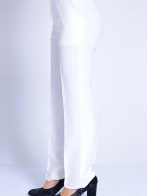 Düz Paça Beyaz Pantolon