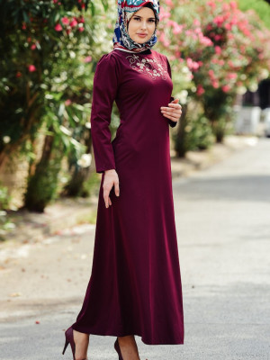 Nakışlı Vişne Elbise