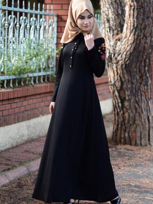 Nakışlı Siyah Elbise