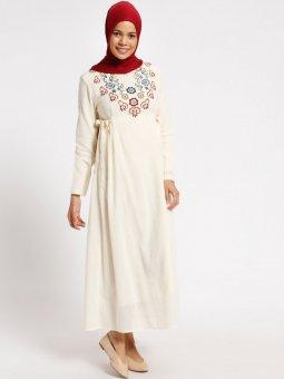 Şile Bezi Nakışlı Krem Elbise