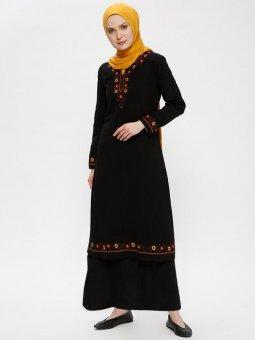 Şile Bezi Nakışlı Siyah Elbise