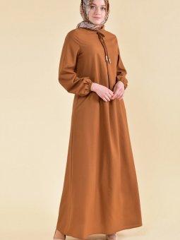 Önü Bağcıklı Taba Elbise